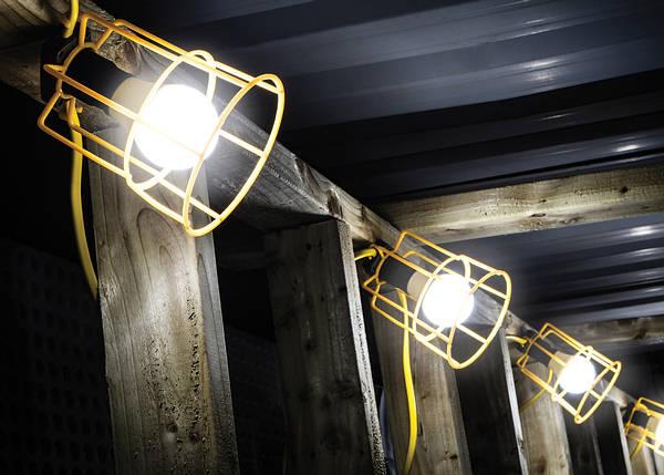 110v-lighting